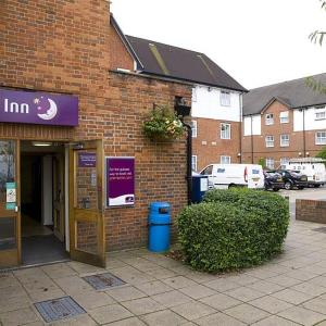 Hotel Pictures: Premier Inn London Harrow, Harrow