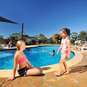 Fotos de l'hotel: NRMA Eastern Beach Holiday Park, Lakes Entrance