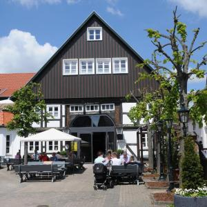Hotel Pictures: Hotel ten Hoopen Restaurant Deele, Warburg