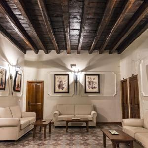 Hotel Pictures: Hostal San Miguel, Trujillo