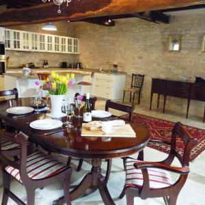 Hotel Pictures: Chez Montrachet, Puligny-Montrachet