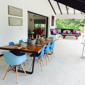Hotel Pictures: Villa Komodo, Santa Teresa