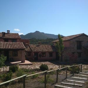 Hotel Pictures: Masia los Toranes, Fuentes de Rubielos