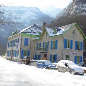 Hotel Pictures: Auberge La Caverne, Laruns