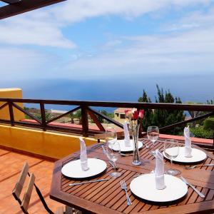 Hotel Pictures: Beautiful Ocean Views Apartment, Tacoronte
