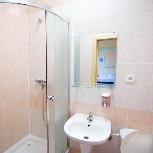 Hotel Pictures: Hotel U Loubů, Fryšava