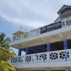 Hotel Pictures: The Sea Front Inn, Punta Gorda