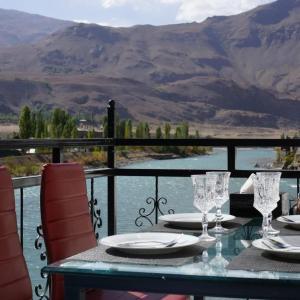 Фотографии отеля: Zafar Hotel, Khorog