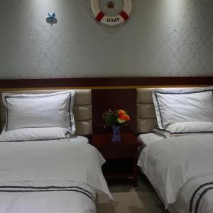 Hotel Pictures: Fuxian Lake Luchong Laobiao Hotel, Chengjiang