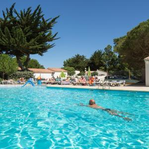 Hotel Pictures: Camping Le Suroit, Le Bois-Plage-en-Ré