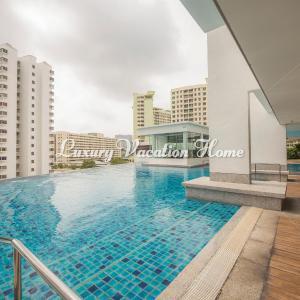 Foto Hotel: Luxury Vacation Home, Bayan Lepas