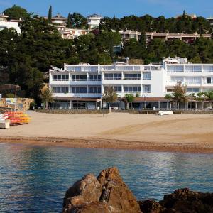 Hotel Pictures: Golden Mar Menuda, Tossa de Mar