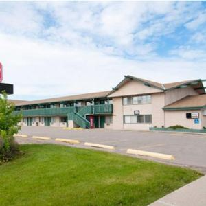 Hotel Pictures: Superlodge Canada, Lethbridge