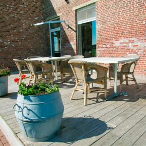 Foto Hotel: B&B Holiday Home Heksescheure, Beselare