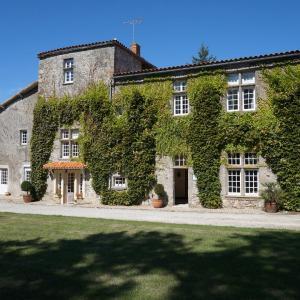 Hotel Pictures: Manoir de la Baussonnière, Le Boupère