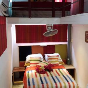 Hotel Pictures: Casa Mango Lodge, Willemstad