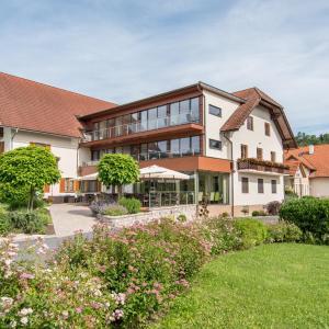 Hotelbilleder: Hotel-Restaurant Gruber, Pöllau