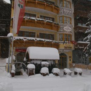 Fotos del hotel: Am Dorfplatz B&B - Adults only, Sankt Anton am Arlberg