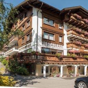 Fotos do Hotel: Hotel Alpenrose, Zöblen