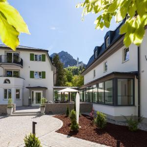 Hotel Pictures: Villa Ludwig Suite Hotel, Hohenschwangau