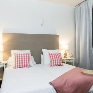 Hotel Pictures: Apartamentos Cornellalux 2, Cornellà de Llobregat