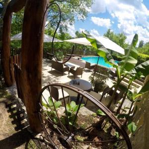 Hotel Pictures: Chambre d'hôtes La Belle Epoque, Camboulit