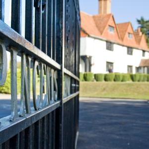 Hotel Pictures: Pincents Manor Hotel, Reading