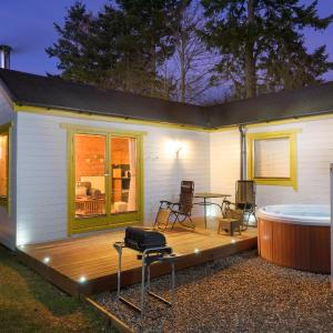 Hotel Pictures: Kinnaird Woodland Lodges, Pitlochry