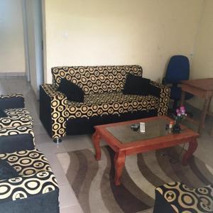 Hotel Pictures: V Guest House, Yaoundé