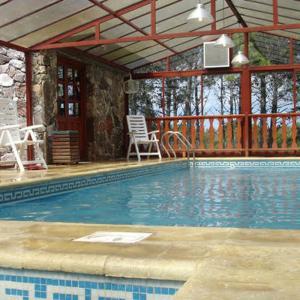 Foto Hotel: Cabañas Alpinas de Carilo, Carilo