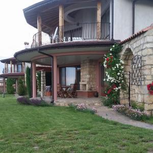Hotel Pictures: Morski Briz Houses, Topola