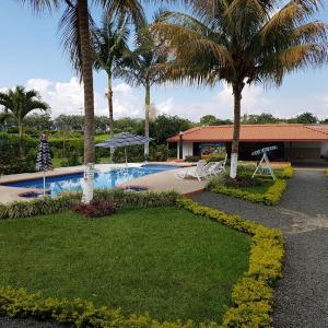 Hotel Pictures: Finca Hotel Cerritos Plaza, Pereira