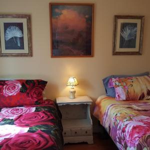 Hotel Pictures: Woodside Inn, Harrison Mills