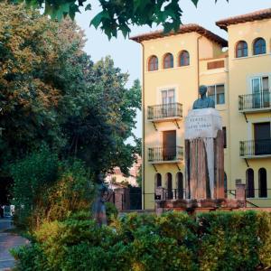 Hotel Pictures: Fuente Torán Apartamentos, Teruel