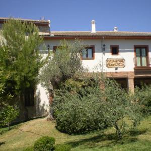 Hotel Pictures: Balcón de los Montes, Colmenar