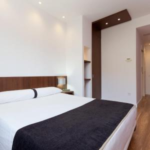 Hotel Pictures: Hotel Olympia Universidades, Valencia