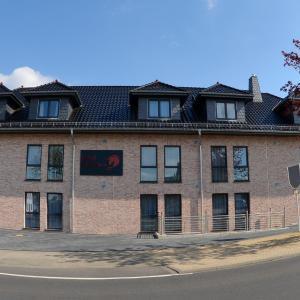 Hotelbilleder: Hotel Rotes Einhorn ****, Düren - Eifel