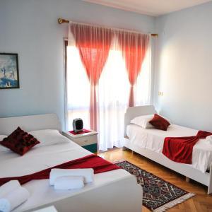 Фотографии отеля: Guesthouse Vila Harmony, Шкодер