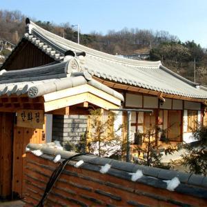 Zdjęcia hotelu: Jeonju Manhwajung Guesthouse, Jeonju