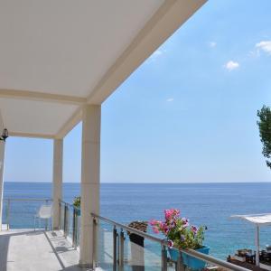 Hotelbilleder: Guesthouse Riviera 'XH&M', Dhërmi