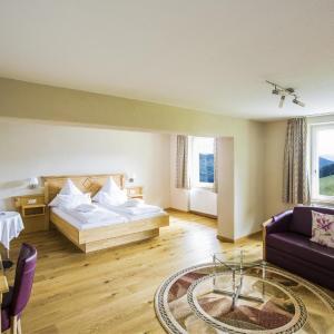 Hotel Pictures: Naturhotel auf Gut Lilienfein, Wieden