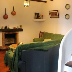 Hotel Pictures: Bocaleones, Zahara de la Sierra