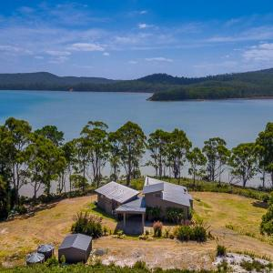 Hotellikuvia: Cloudy Bay Lagoon Estate, South Bruny