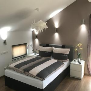 Hotelbilleder: MY HOME Gästezimmer, Dietingen