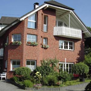 Hotel Pictures: Ferienwohnung-Erlenhof, Engelskirchen