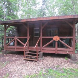Hotel Pictures: Bakers Narrows Lodge and Conference Center, Flin Flon