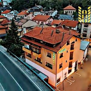 Foto Hotel: Garni Motel Aba, Travnik