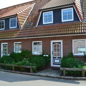 Hotel Pictures: Landhaus-am-Deich-Wohnung-Moewe, Tönning
