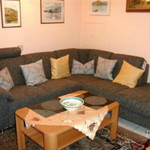 Hotel Pictures: Appartement-113, Bad Bellingen