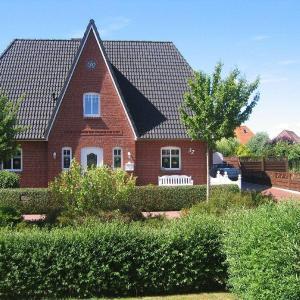Hotel Pictures: Friesenhaus-Eiderstedt-App-Luetter-Friese, Tönning